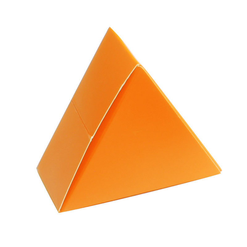 Boite triangle orange